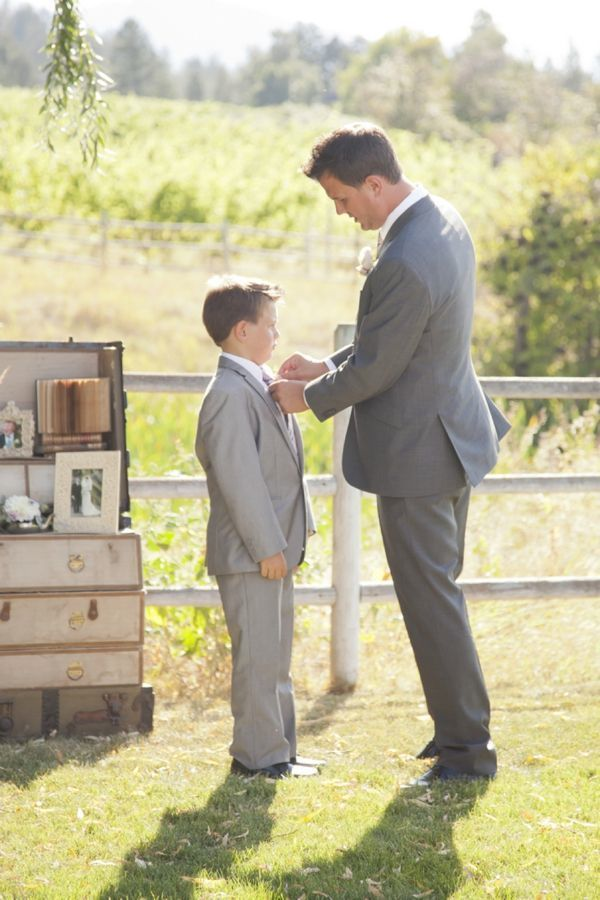 Beautiful Father of the Bride (and Groom) Moments | Bridal Musings Wedding Blog 18