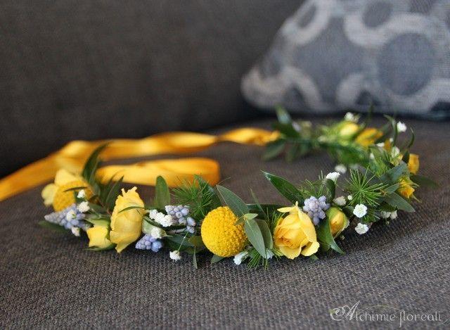 tulle e confetti - #matrimonio in giallo - coroncina di #fiori - #alchimiefloreali - #yellowwedding