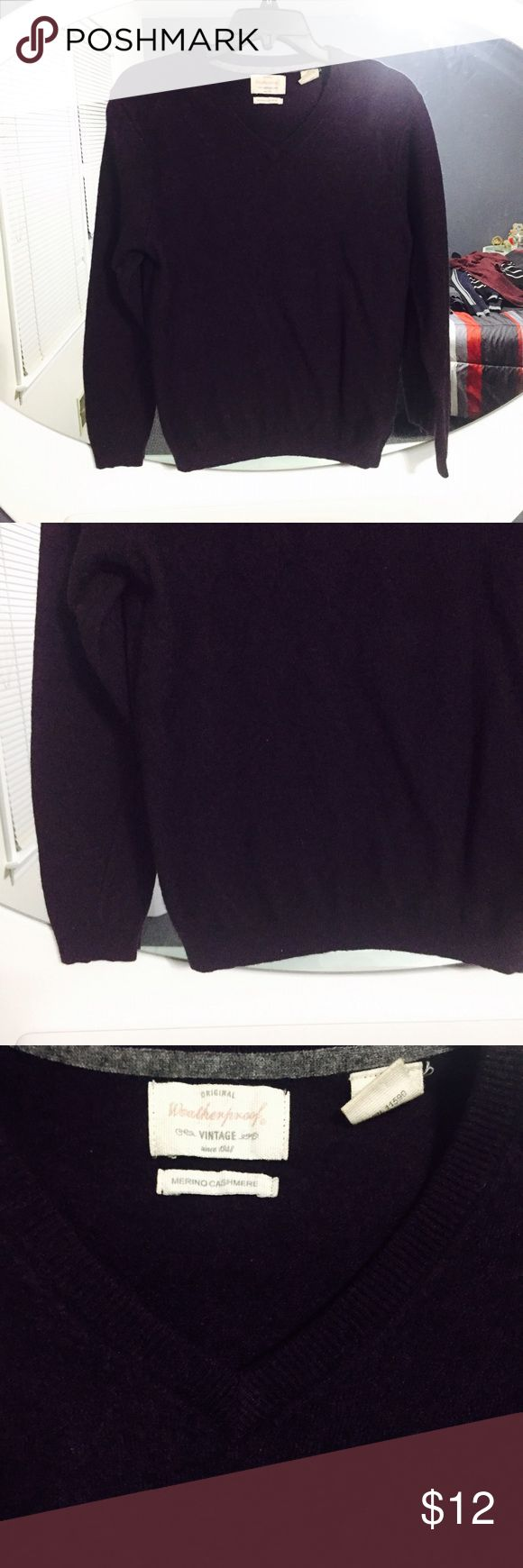 men's cashmere sweater men's dark purple merino cashmere sweater by weatherproof. hole in back so priced accordingly. extremely warm! Weatherproof Sweaters