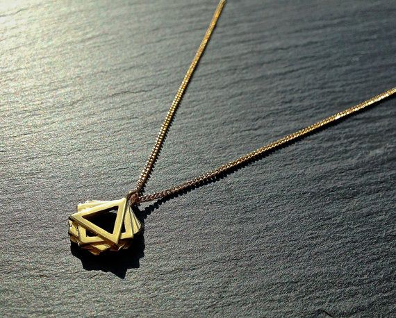 Geometric 3D printed 18kt gold pendant necklace by MBDdesign