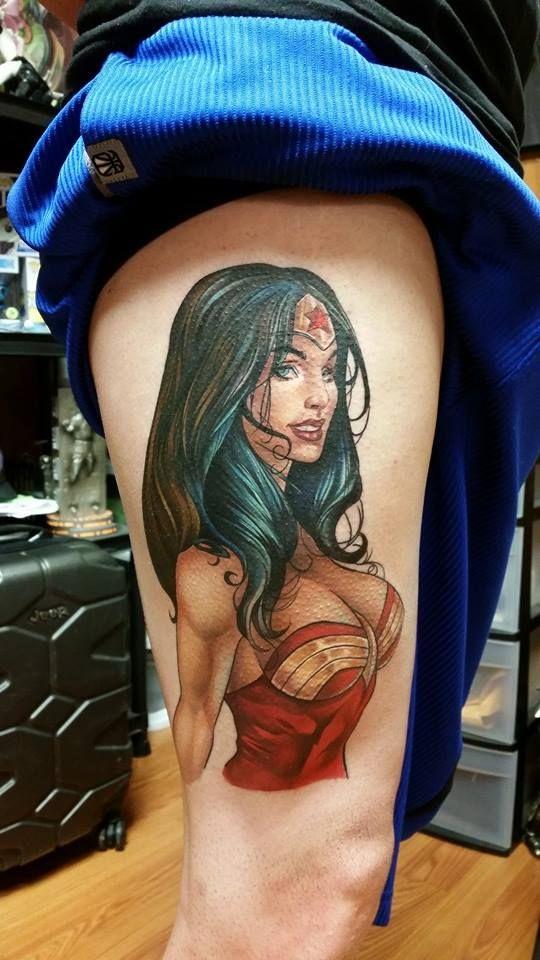 Tatouage Wonder Woman : 25 jolis motifs de l'héroïne - 3