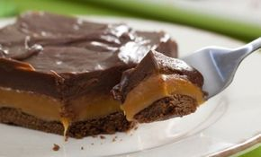 O Chocolate Twix de Assadeira é delicioso, fácil de preparar e todo mundo vai…