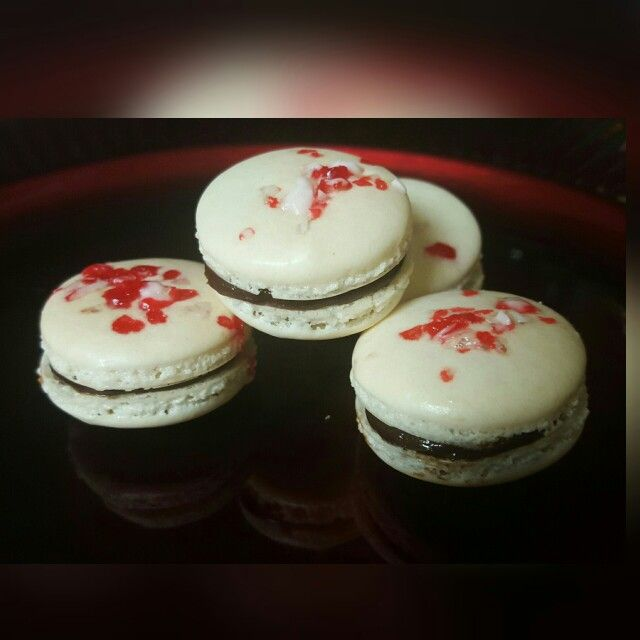 Peppermint Chocolate Macarons