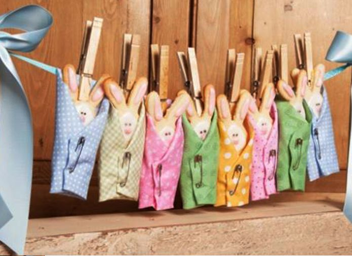 Party Frosting: Party ideas and inspiration! Bunnies! #Baby #shower #clothesline idea