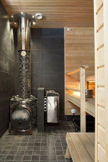 sauna with wooden & electricity sauna oven!