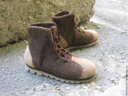 Купить Высокие коричневые ботинки. - коричневый, ботинки, мужские ботинки, ботинки мужские, Ботинки из войлока