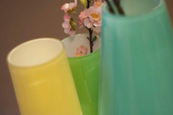 Ann Vola Ulvin er en spennende nykommer innenfor norsk design. AV årets nyheter har hun designet vasen Vega.