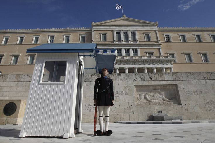 The Surprisingly Stressful Life of a Greek Presidential Guard - Mark Byrnes - The Atlantic Cities