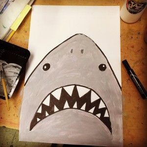 A great lesson for teaching kids scale and tinting and shading. #artprojectsforkids #shark #paintingforkids