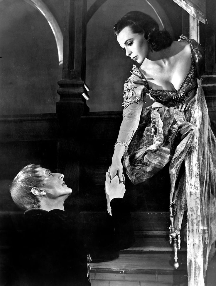 "Photo: Claire Bloom as Juliet with John Neville as Romeo in a 1957 production of ""Romeo and Juliet."""
