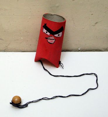 angry+birds+tp+craft+game+kids+kinder+spiel+toiletten+rolle+recyclar+nin%CC%83os+jugar+manualidad+basteln.jpg (369×400)