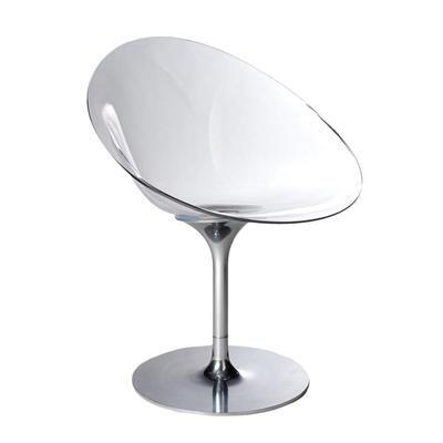 A forma orgânica do ovo serviu de inspiração para a estrutura da Cadeira Eros. Projetada por Philippe Starck para a Kartell, o móvel utiliza o policarbonato transparente em variações de degradê. Garanta já a sua cadeira clicando na imagem!   Novo Ambiente