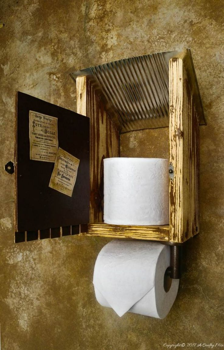This cute little outhouse was made using a large coffee tin and pallet off cuts. Super easy to follow tutorial