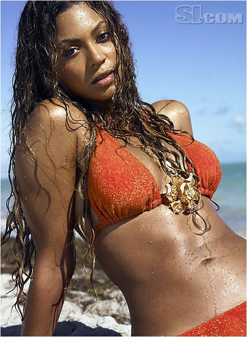 Beyonce  - Sports Illustrated Swimsuit 2007