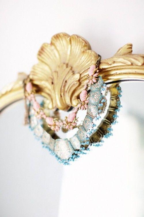 (via Glitter Girl: Laney Of Downtown Romantic   theglitterguide.com)
