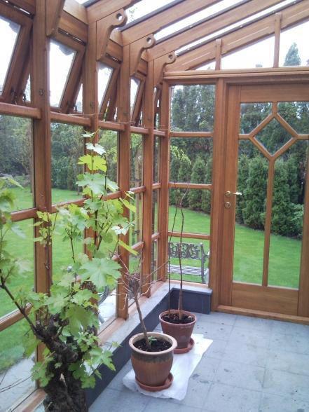 Ogrody zimowe z drewna. Oranżeria, czyli jak zatrzymać lato przez cały rok. Zobacz więcej: http://www.liderbudowlany.pl/artykul/418/Ogrody_zimowe_z_drewna