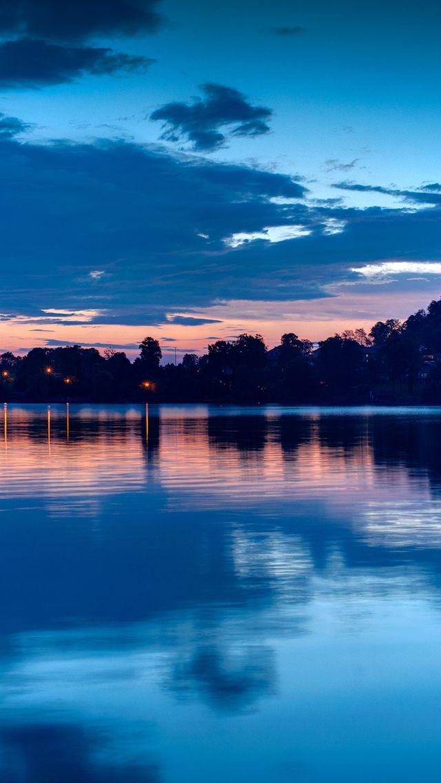 Lake at night #iPhone #5s #Wallpaper | http://www.ilikewallpaper.net/iphone-5-wallpaper, get more here.