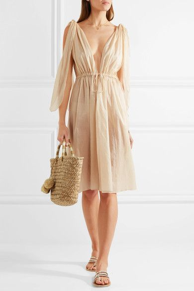 https://www.net-a-porter.com/dk/en/product/819459/Three_Graces_London/nikiya-cotton-mousseline-dress   perfect to use as a coverup,too