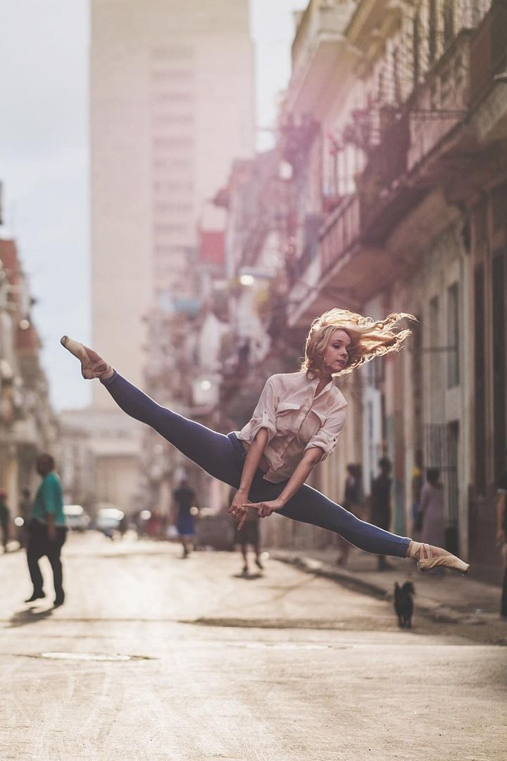 Photographer Omar Z. Robles beautifully blends dance and street photography, and the results are nothing short of magical.