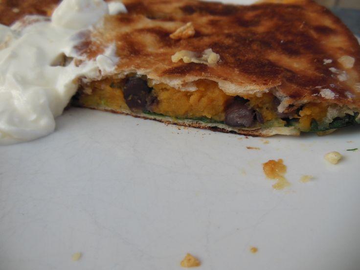 Quesadilla's met zoete aardappel en zwarte bonen