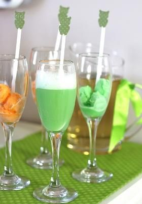 Modern Baby Shower Punch   Put The Sherbet In First Then Add Ginger Ale Or  Champagne.