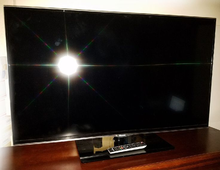 Hisense 55 Smart TV with Remote EUC  Local Pickup Only  Coldspring TX