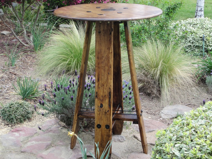 Pallet Wood Pub Table From Giant Spool With Cable Support Detail. Cost U003d $5  In