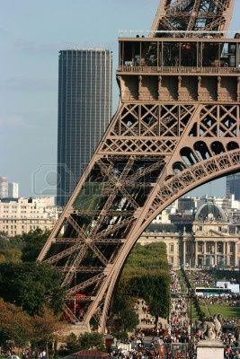 25 best ideas about la tour montparnasse on pinterest tour de montparnasse - La tour montparnasse restaurant ...