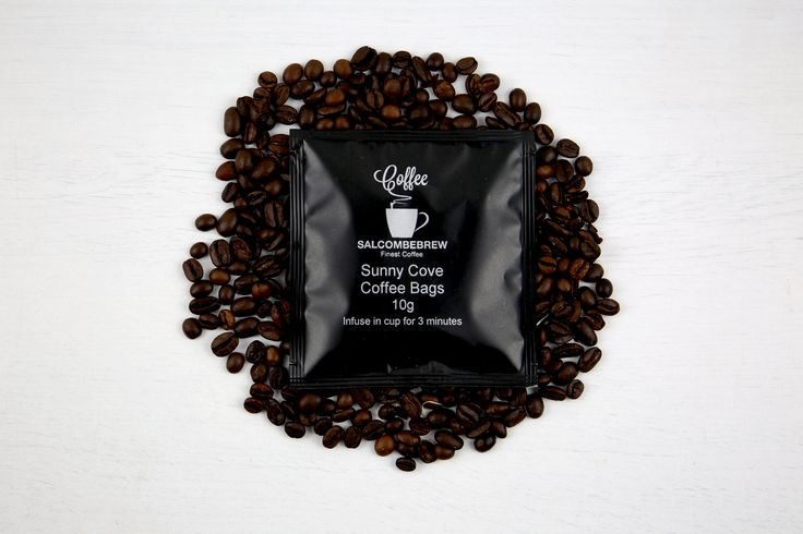 Salcombe Brew Coffee Bags – Sunny Cove: Individually wrapped coffee bags. Sunny Cove blend is sweet, syrupy and nutty, with a flora perfumed aroma. Notes of peanut butter and butterscotch can develop through espresso as well as sour gooseberry and grape tannins.