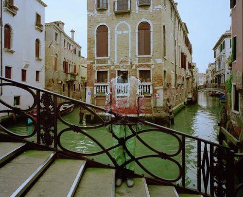 Liu Bolin in Venice. Art Experience:NYC http://www.artexperiencenyc.com/social_login