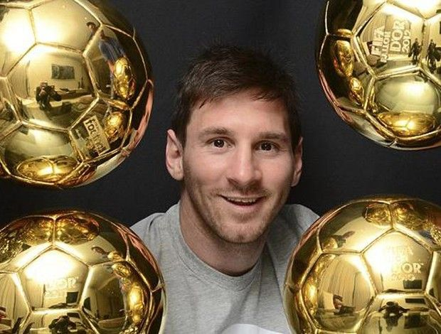messi best player in the world again!! it's great having a mom from Argentina watching this guy play is amazing!