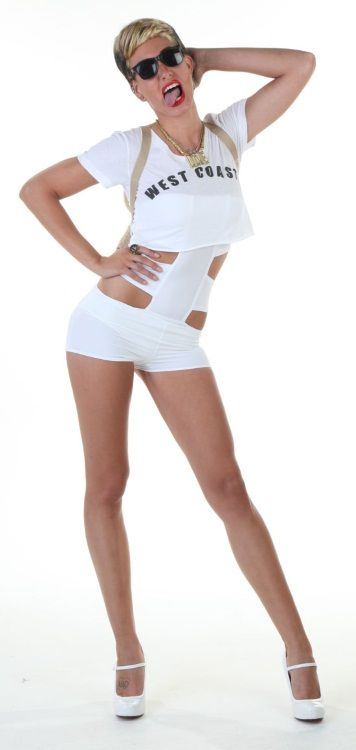 DIY Miley Cyrus Costume - Plus Robin Thicke! - Halloween Costumes Blog