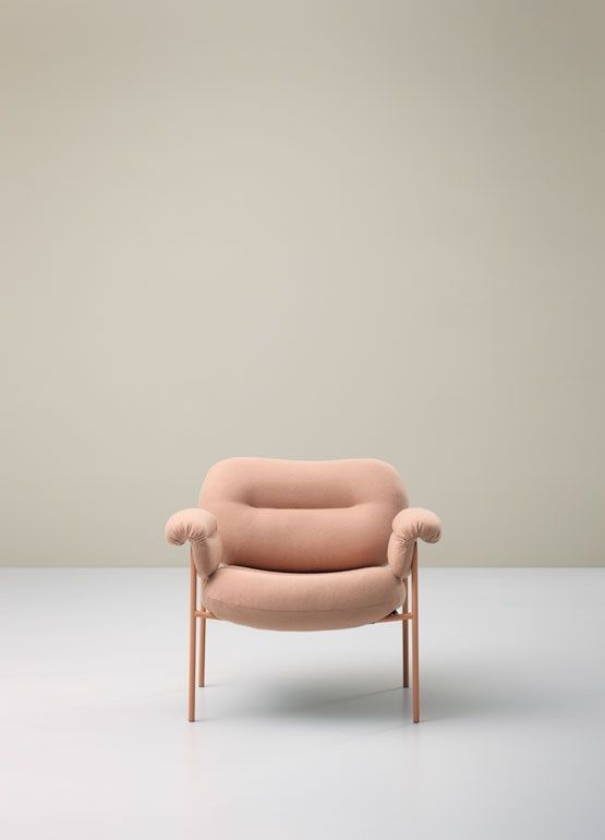 Designed by Andreas Engesvik, the Bollo lounge chair forFogia has generously shaped cushions for heightened levels of comfort.