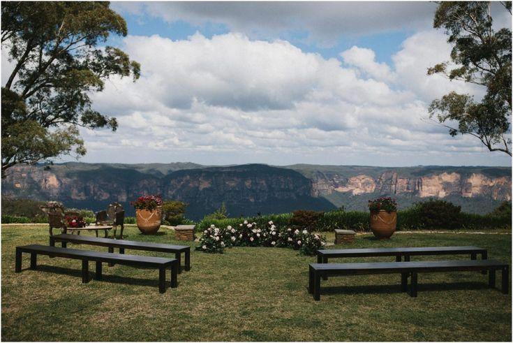 Allview Escape Blue Mountains Wedding Katie Sam Blue Mountain Mountain Wedding Mountain Wedding Venues