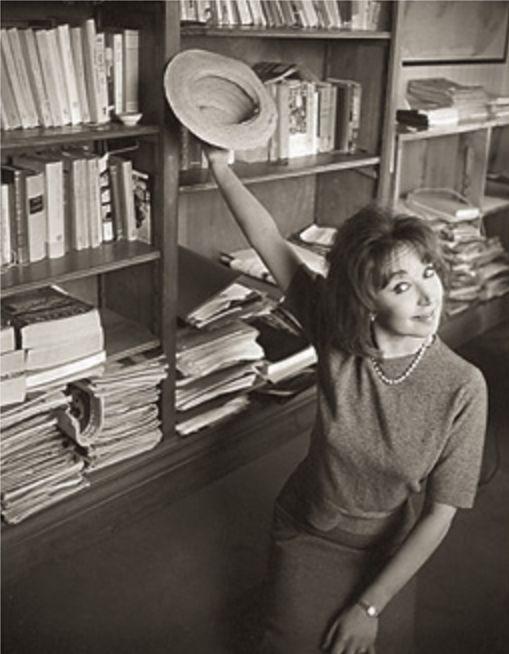 Un'immagine divertente della giovane Oriana Fallaci