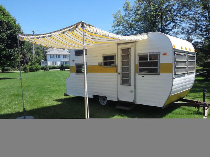 Vintage 16 Foot Wildcat Travel Trailer With Awning No
