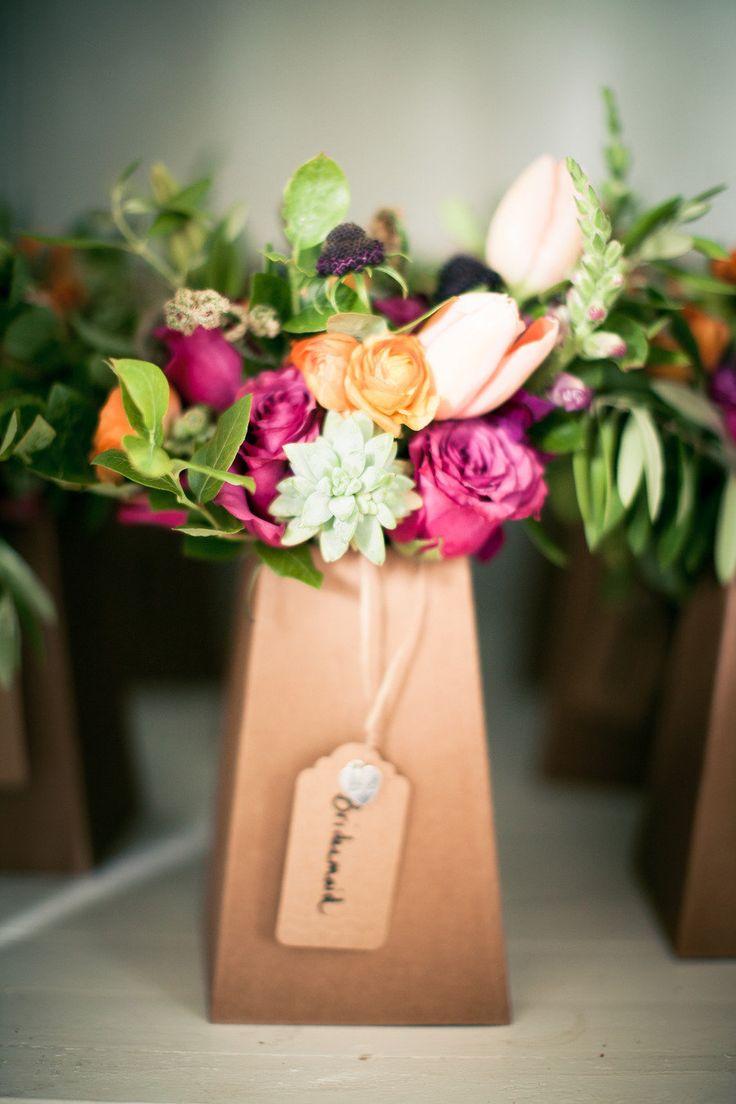 17 best images about bouquet transport on pinterest florists wedding and sodas. Black Bedroom Furniture Sets. Home Design Ideas