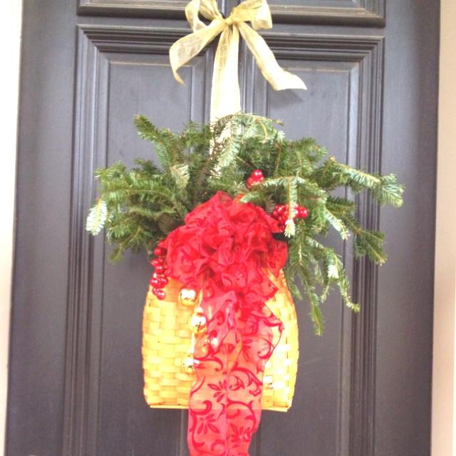 Christmas door decoration | Someday | Pinterest