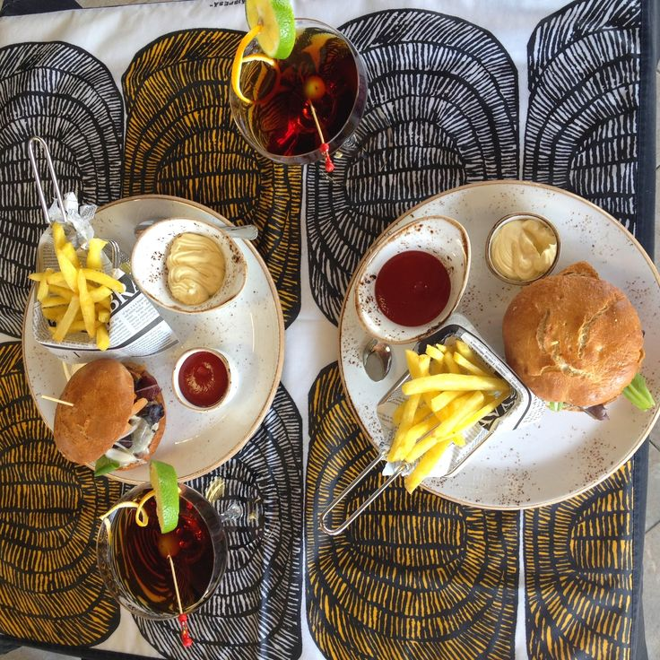 Kobe Burger and Martini in Euromar Restaurant - Zarautz