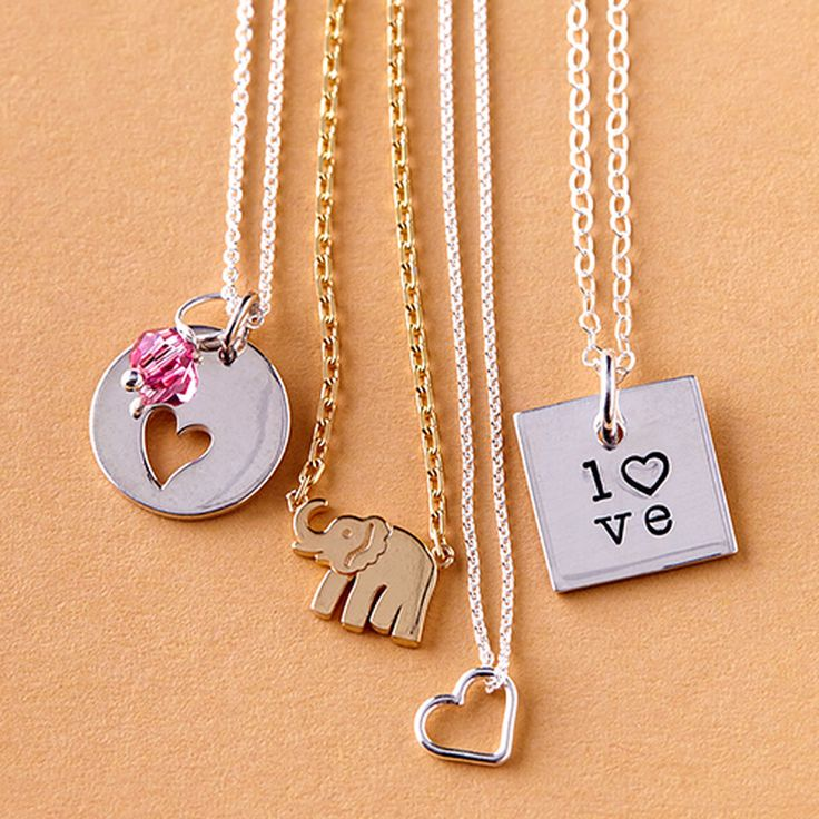 Take a look at the Mommy Jewelry event on zulily today!