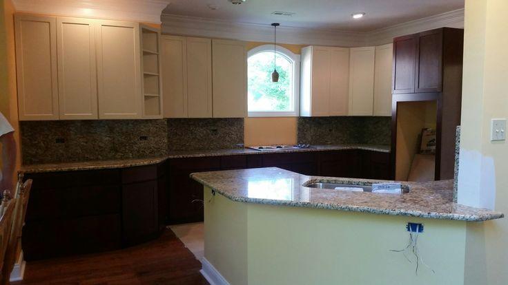 New venetian gold granite kitchen countertop install for for Kitchen 919 knoxville tn menu
