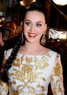 Conheça histórias de Katy Perry.......
