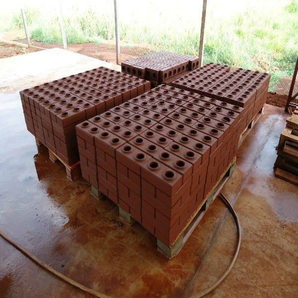 Vermeer Compressed Earth Block Machine : Mas de imagens sobre tijolo ecologico no pinterest