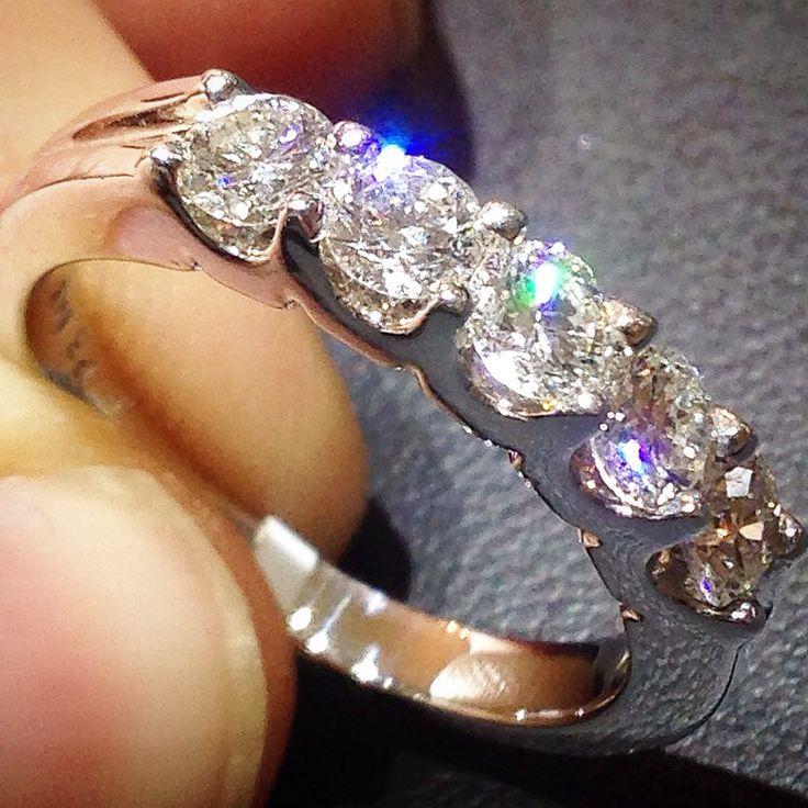U prong 1ct vs diamond ring $1299 pompeii3.com