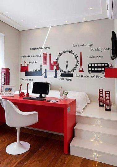 Une chambre ado fille avec bureau encastré