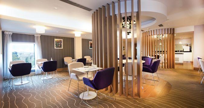 Hilton London Heathrow Airport Terminal 5 Hotel, GB - Executive lounge