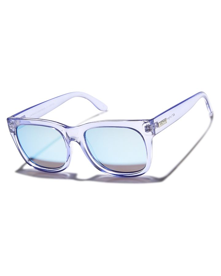 Features:Frame Colour: GlacierFrame Type: Polycarbonate frameLens Type: Category 3 Acrylic lensMaximum UV protectionLe Specs protective pouch includedBold, oversized frameMetal logo badge on templesSize + Fit Guide:Wayfarer sunglassesOne size fits most
