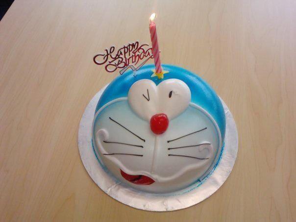 Japanese Dora Cake Recipe: 16 Best Images About Doraemon Cakes On Pinterest
