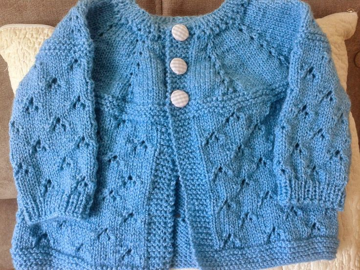 BRISA ATELIÊ: casaquinho de bebê em tricô