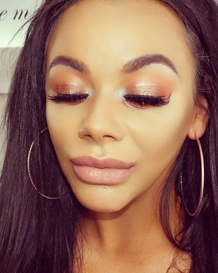 Chelsee Healey.. makeup by Sean Maloney MUA.. Lashes are #smeyelashes LUXE Lash, #beccacosmetics Ultimate Coverage Cream,#anastasiabeverlyhills Brow Wiz, #urbandecaycosmetics Naked HEAT palette, #iconic.london Illuminating drops, and #toofaced Melted Matte liquid lipstick..